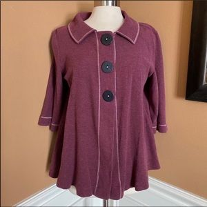 Chalet large button swing top berry size Medium